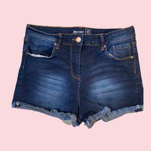 Dark blue destressed jean short size11 Nobo